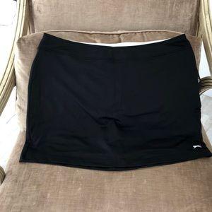 Black skirt over shorts xl NWT slazenger brand